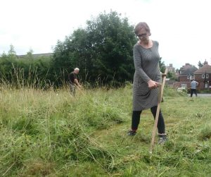 scything training at Poppy Road project