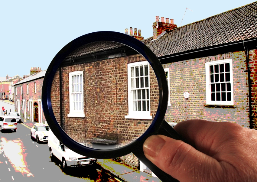 Magnifying glass over a house, adapted image by © Stephen Craven (licensed for reuse under Creative Commons Licence)