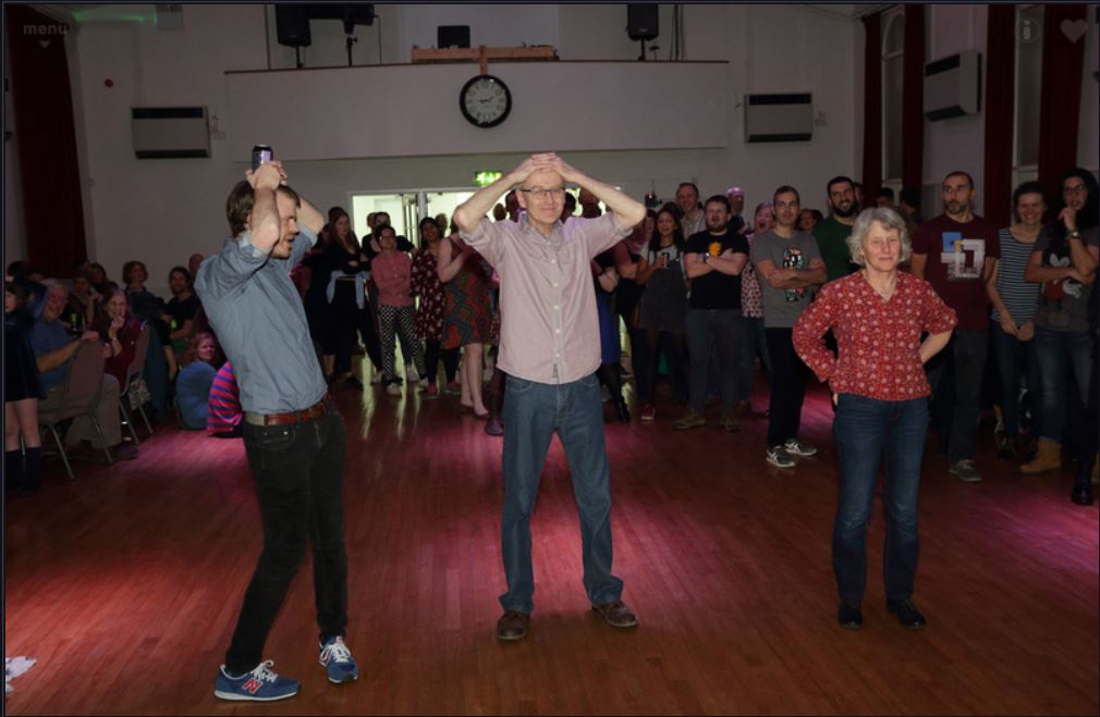 Ceilidh 2020 head & tails game, by L. Outing