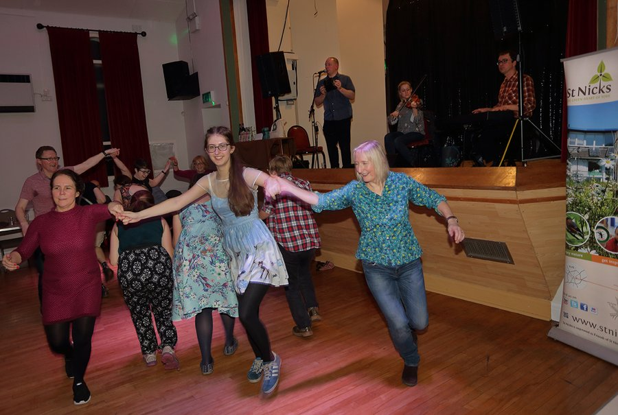 Ceilidh 2020 by L. Outing